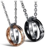 Kim Johanson Pärchen Halsketten für verliebte aus Edelstahl mit doppelten Ringen und Gravur inkl. Schmuckbeutel -